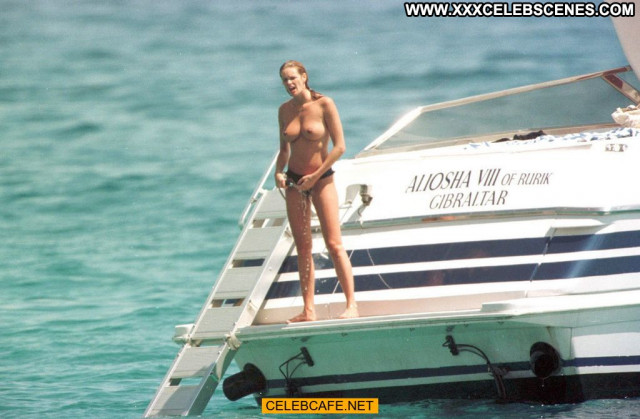 Elle Macpherson Le Mac Celebrity Topless Posing Hot Yacht Babe Toples