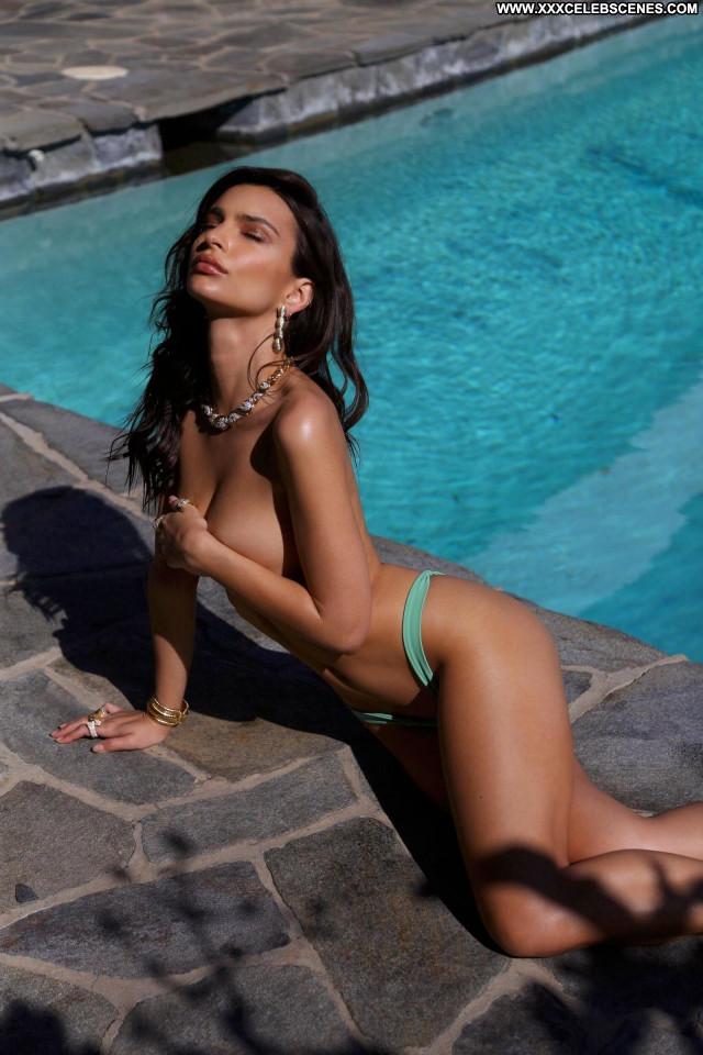 Emily Ratajkowski Sports Illustrated Swimsuit Nude Celebrity New York