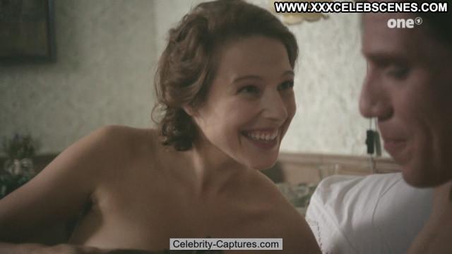Lenka Zahradnicka Die Dasslers Posing Hot Ass Sex Scene Celebrity