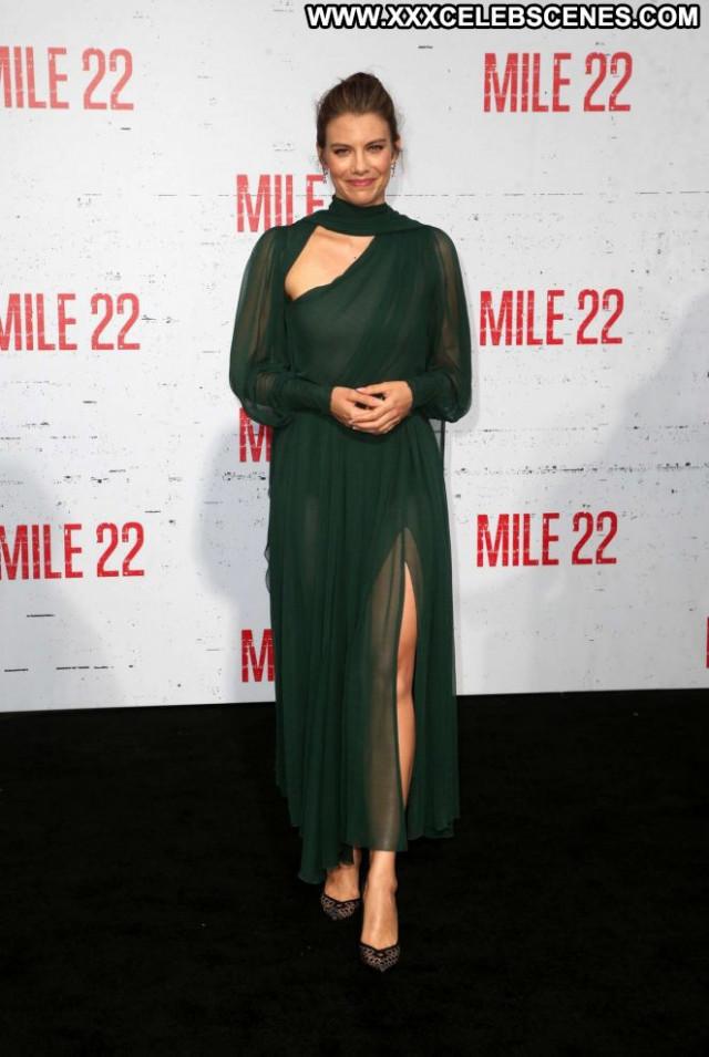 Lauren Cohan Los Angeles  Paparazzi Posing Hot Los Angeles Beautiful