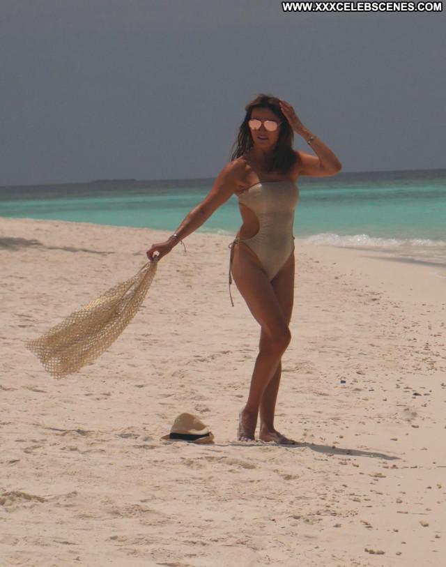 Amber Frank A Day Maldives Posing Hot Straight Male International Sex