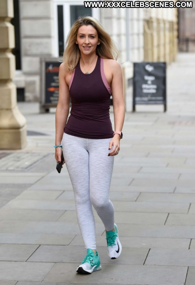 Gemma Merna Yoga Class Babe Yoga Celebrity Posing Hot Paparazzi