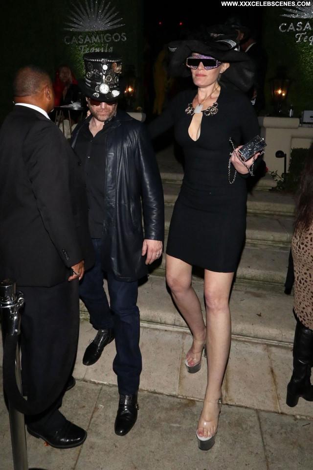 Natalie Jayne Roser No Source Bus Ibiza Winter Big Tits Celebrity