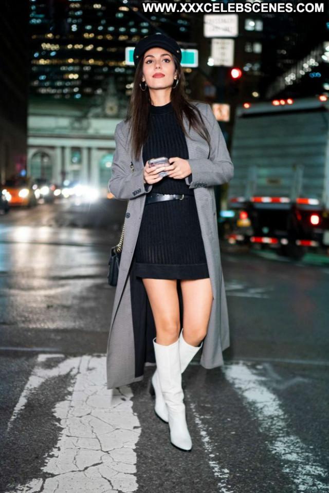 Victoria Justice New York Beautiful Posing Hot Paparazzi Celebrity