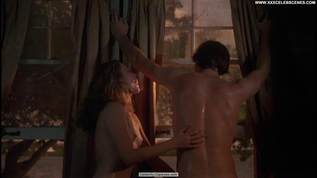 Kathleen Turner Body Heat Nude Babe Celebrity Sex Scene Posing Hot