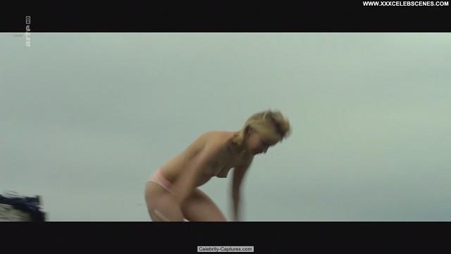 Diane Rouxel Moka Celebrity Toples Posing Hot Sex Scene Babe Topless