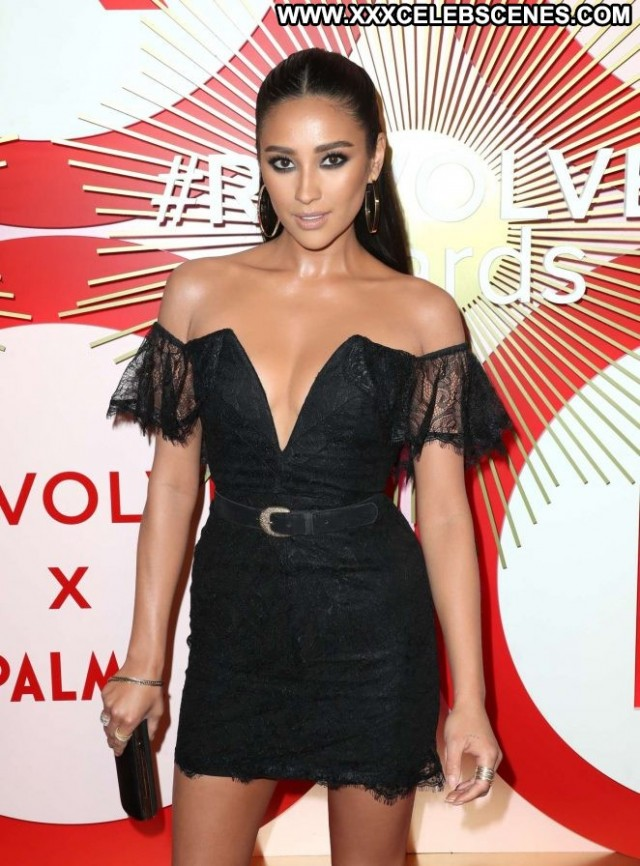 Shay Mitchell Las Vegas Awards Celebrity Posing Hot Beautiful