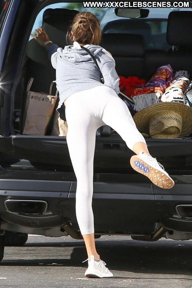Monica Yoga Class Yoga Babe Beautiful Paparazzi Celebrity Posing Hot
