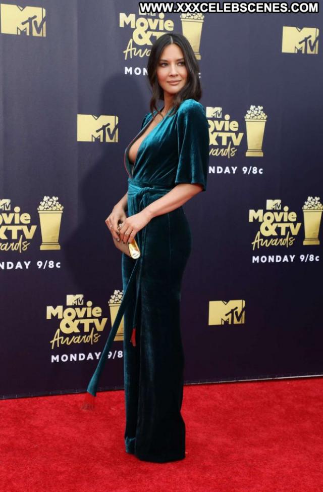 Monica No Source  Movie Paparazzi Posing Hot Awards Babe Beautiful