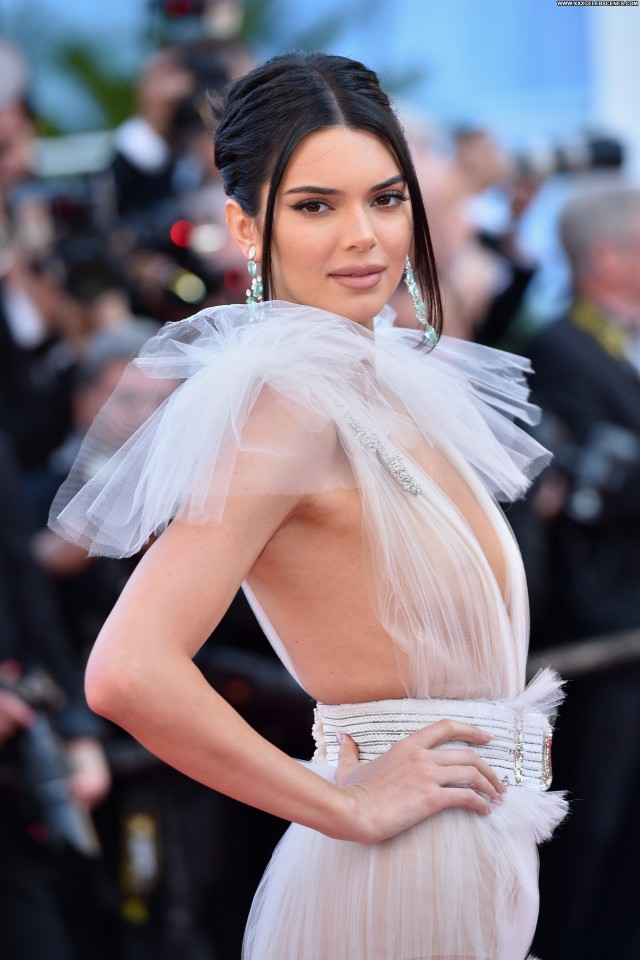 Kendall Jenner Cannes Film Festival Reality Star Beautiful Celebrity