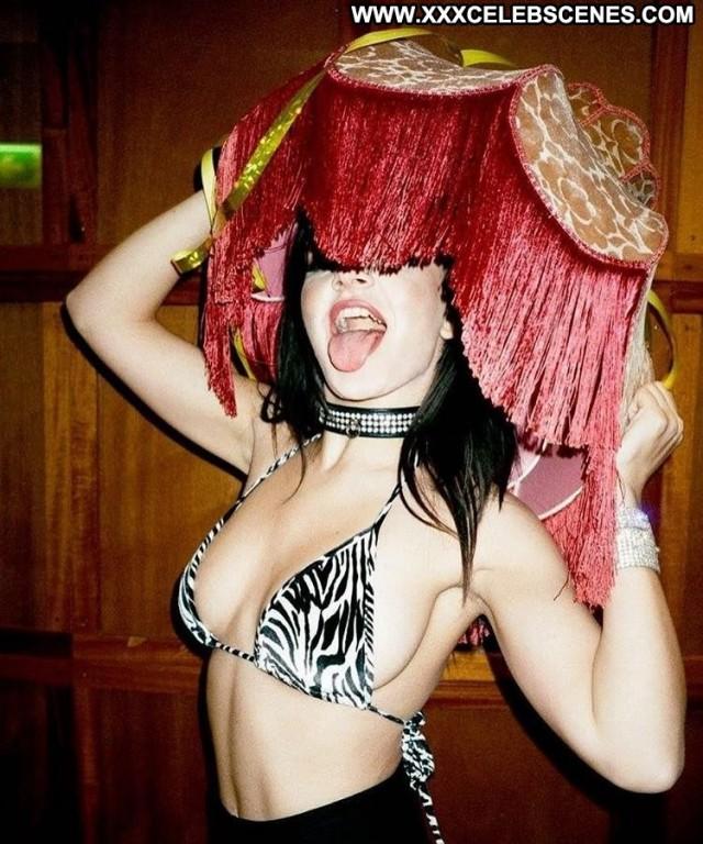 Charli Xcx No Source Posing Hot Sex Singer Celebrity Babe Beautiful
