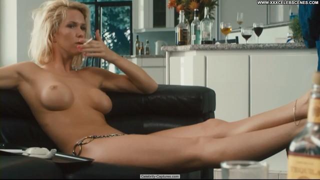 Sima Fisher Casino Jack Topless Babe Toples Sex Scene Celebrity