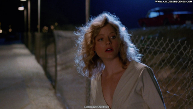 Jodie Foster Catchfire Posing Hot Main.exoclick Topless Beautiful