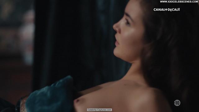 Maddison Jaizani Versailles  Posing Hot Topless Celebrity Babe