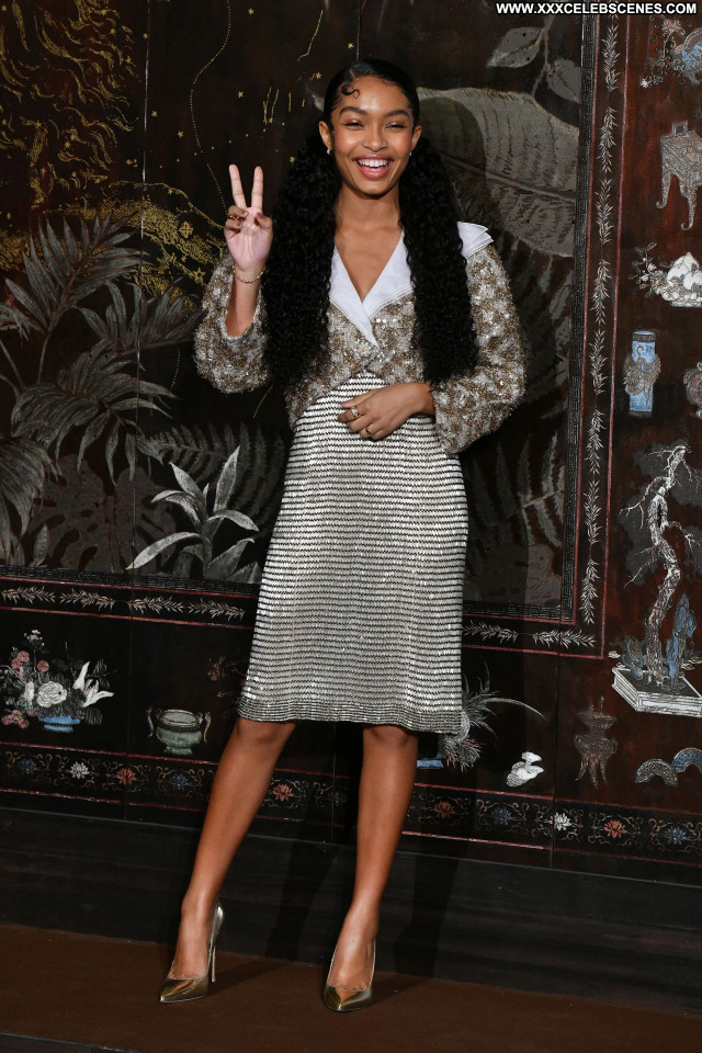 Yara Shahidi No Source Sexy Celebrity Beautiful Babe Posing Hot