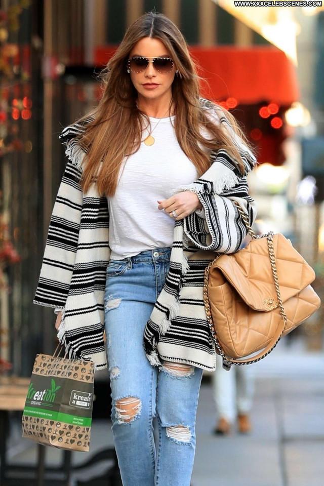Kaia Gerber No Source Posing Hot Paparazzi Beautiful Celebrity Babe