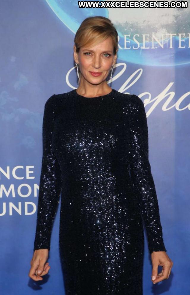 Uma Thurman Beverly Hills Babe Celebrity Beautiful Posing Hot