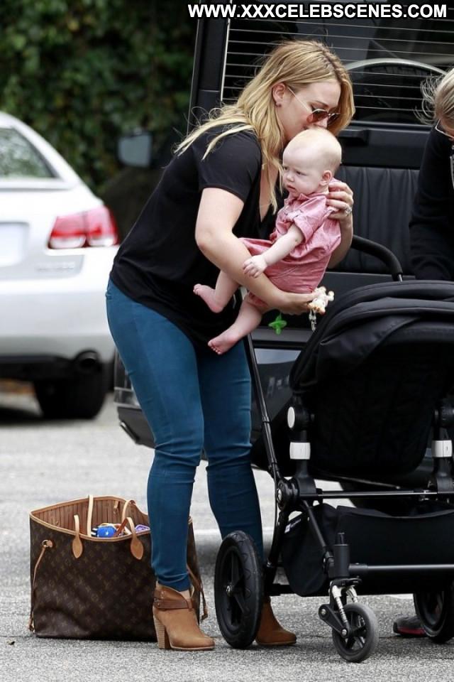 Hilary Duff No Source Candids Shopping Beautiful Babe Paparazzi