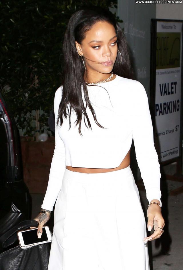 Rihanna Los Angeles  Angel Los Angeles Restaurant Beautiful Celebrity