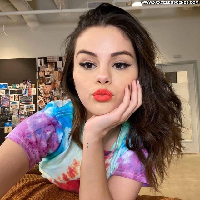 Selena Gomez No Source Sexy Celebrity Posing Hot Beautiful Babe