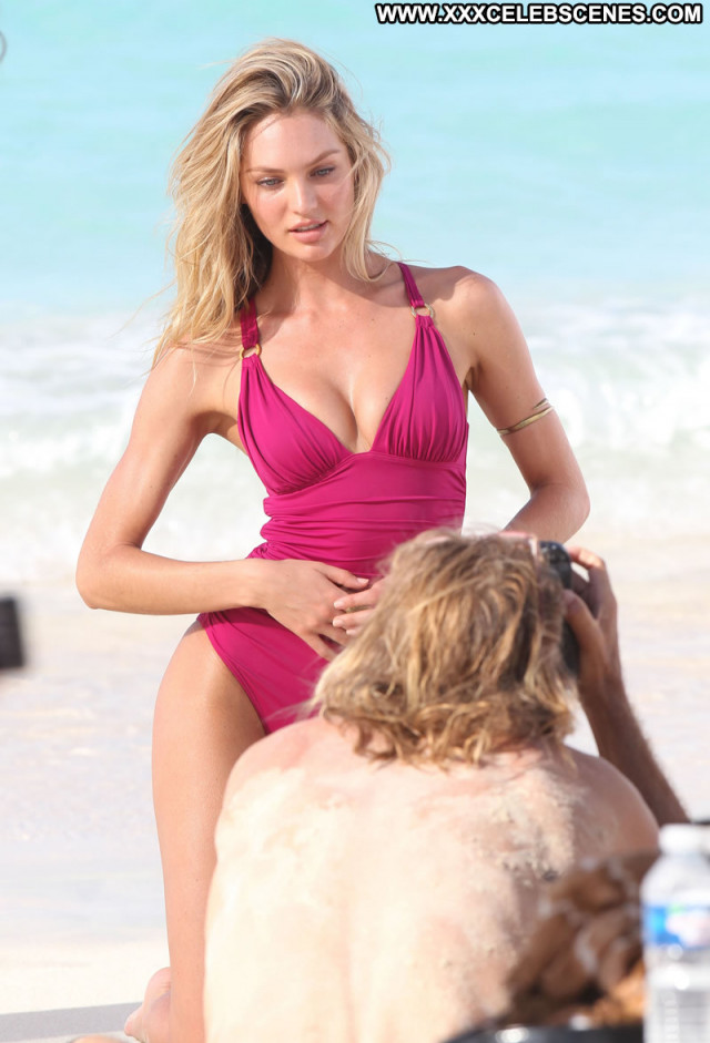 Photos St Barts  Photoshoot Celebrity Posing Hot Bikini Bar Beautiful
