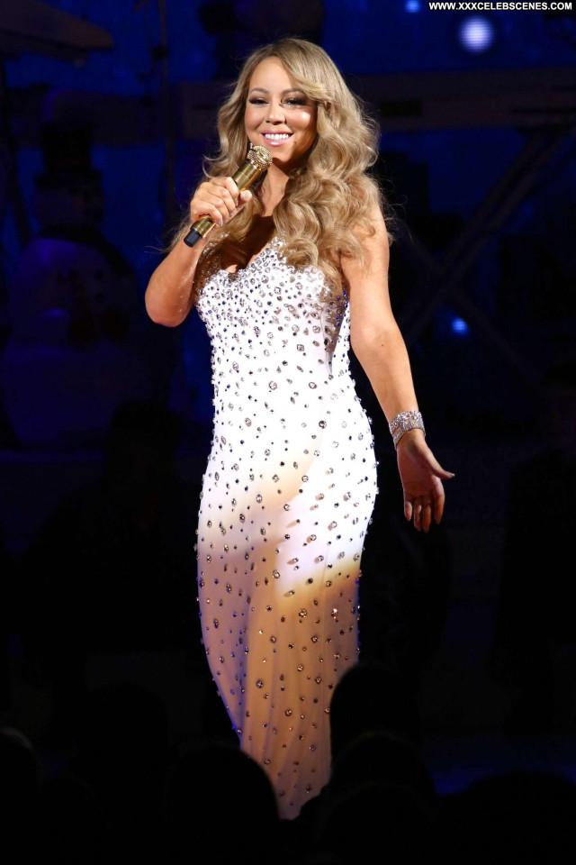 Mariah Carey All I Want Christmas Paparazzi Babe Nyc Celebrity