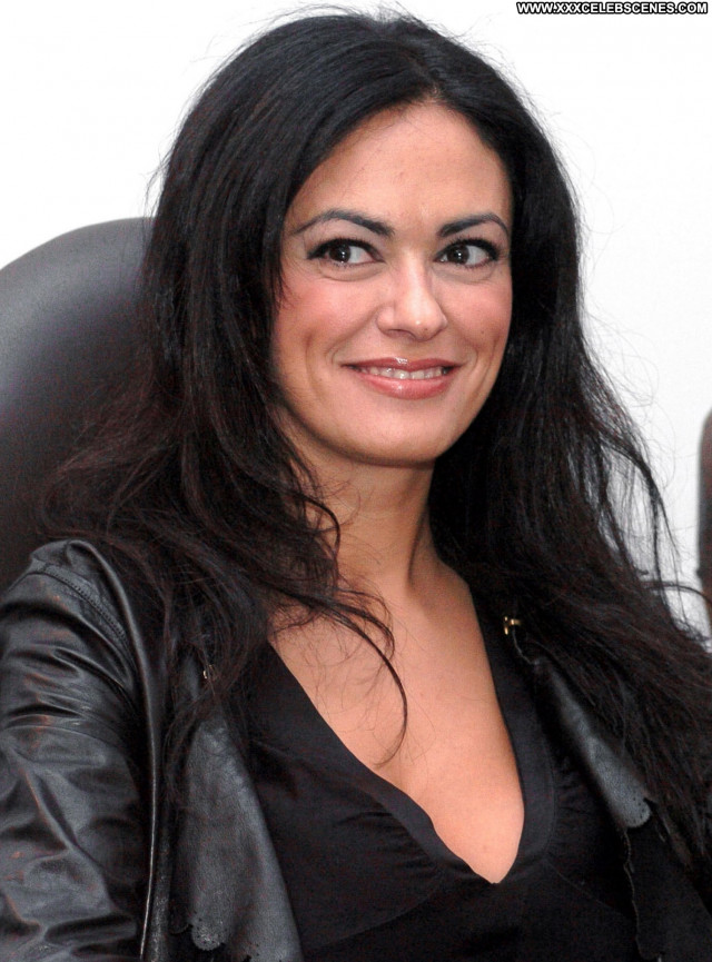 Maria Grazia Cucinotta No Source Beautiful Celebrity Babe Posing Hot