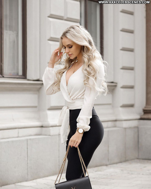 Anna Nystrom No Source Babe Posing Hot Beautiful Paparazzi Celebrity