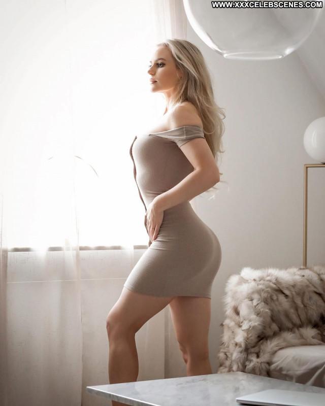 Anna Nystrom No Source Posing Hot Celebrity Paparazzi Babe Beautiful
