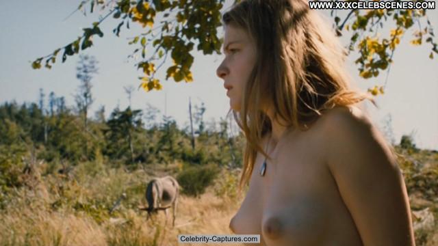 Hande Kodja Capitaine Achab /leaked/ Babe Celebrity Posing Hot Nude