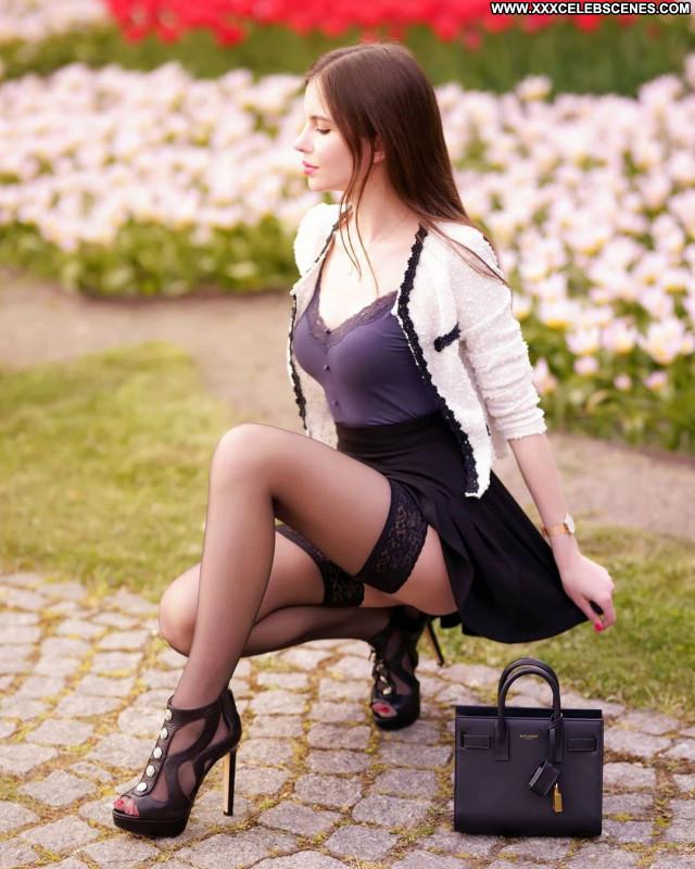Ariadna Majewska No Source  Sexy Babe Posing Hot Beautiful Celebrity