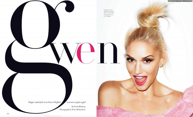 Gwen Stefani No Source Beautiful Paparazzi Babe Posing Hot Magazine