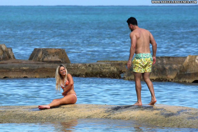Bikini No Source Babe Celebrity Bikini Paparazzi Beautiful Posing Hot