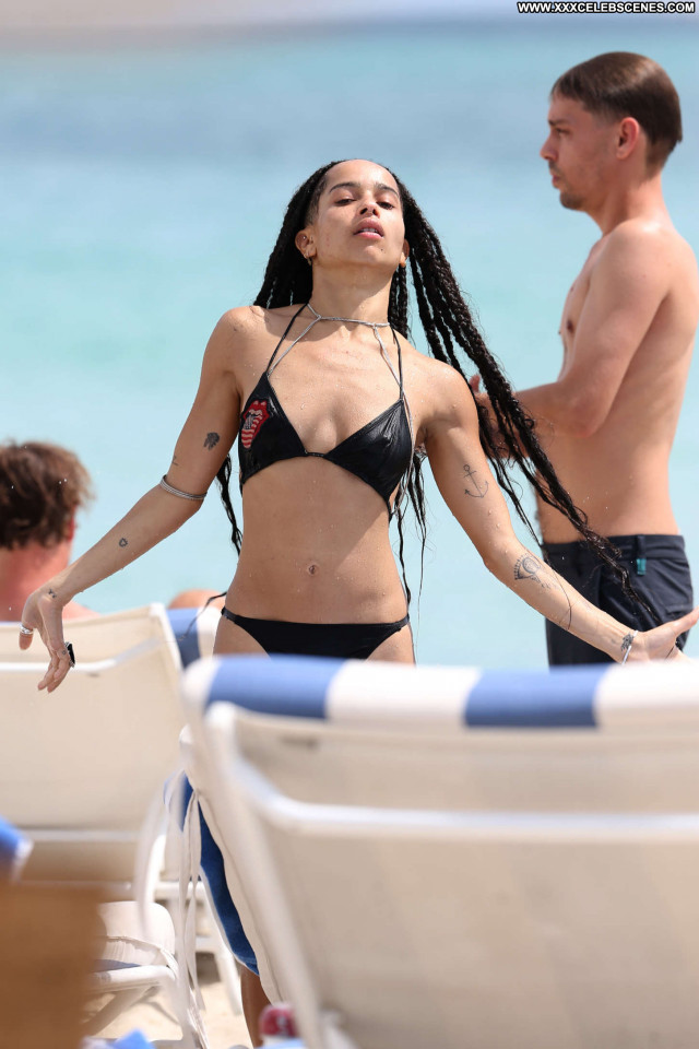 Zoe Kravitz No Source Babe Beautiful Celebrity Candids Bikini Posing