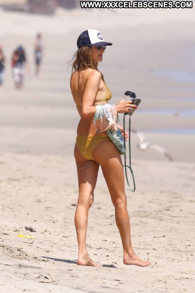 Haley Kalil Sports Illustrated Swimsuit Celebrity Babe Posing Hot