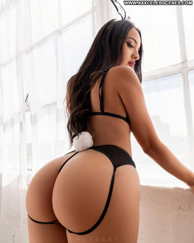 Hot Girl No Source Sex Beautiful Posing Hot Babe Celebrity Ass Doggy