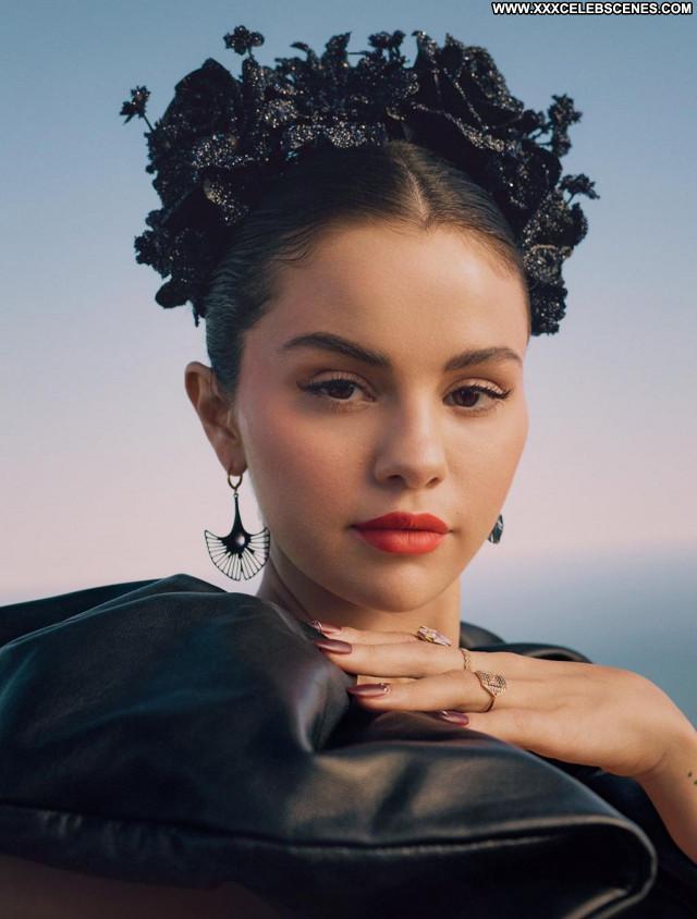 Selena Gomez No Source Beautiful Sexy Celebrity Babe Posing Hot