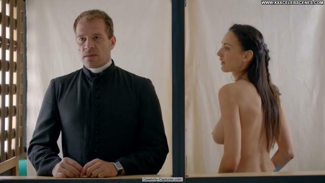 Zsuzsanna Ripli A Mi Kis Falunk Celebrity Posing Hot Sex Scene
