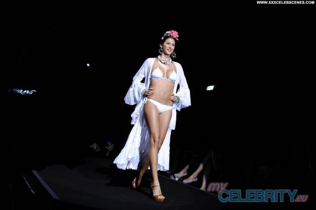 Dua Lipa The Image Celebrity Babe Nude Candids Summer Bikini Fashion
